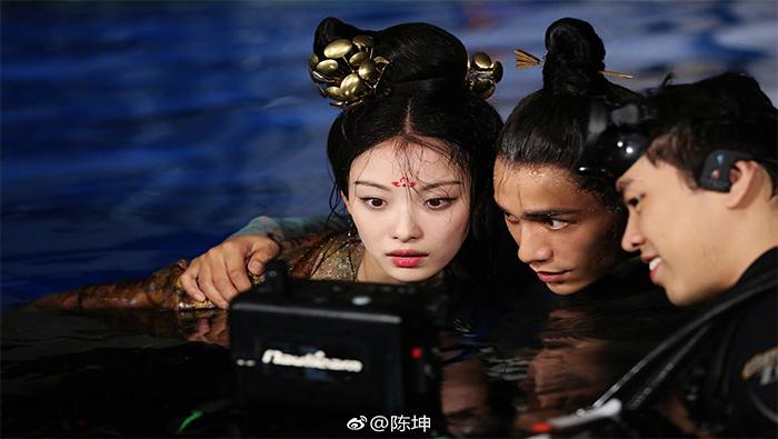 《天盛长歌》倪妮陈坤一起看画面工作照