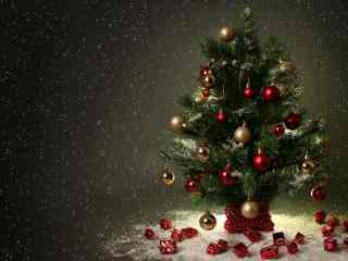 创意可爱小圣诞树图片桌面壁纸