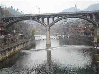 湖南凤凰长桥高清桌面壁纸