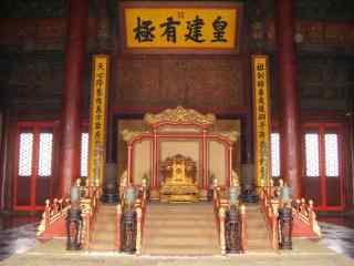 北京故宫内景桌面