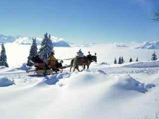 唯美雪景桌面壁纸高清下载:圣诞老人的飞车被偷了