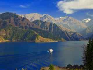 新疆天山天池风景桌面壁纸 第一辑 生活