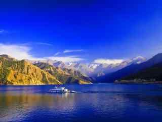 新疆天山天池风景桌面壁纸 第十辑 人心