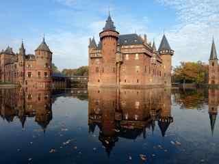 美如画的荷兰城堡桌面壁纸