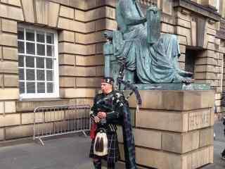 苏格兰爱丁堡文化节艺术表演者高清壁纸