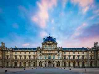 法国风景之日出时的卢浮宫桌面壁纸