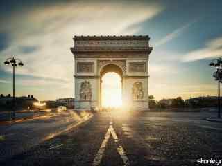 法国唯美风景之夕阳下的凯旋门桌面壁纸