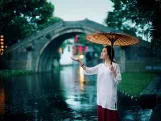 雨中的江南女子与西塘古镇风景壁纸