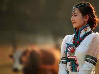 美丽的蒙古姑娘高清电脑桌面壁纸