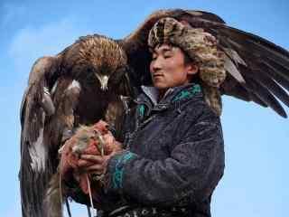 鹰和人 草原牧民驯鹰图片高清壁纸
