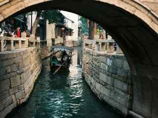 美丽的甪直古镇之手摇小船风景壁纸