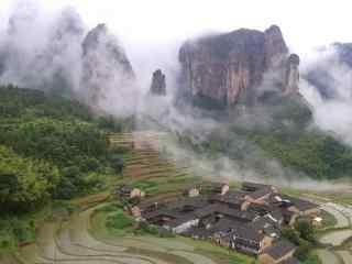 烟雾缭绕的仙居公盂村摄影桌面壁纸
