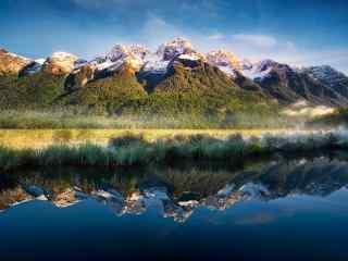新西兰安静唯美的镜湖风景壁纸