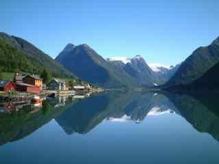 美丽的挪威峡湾风景高清电脑桌面壁纸