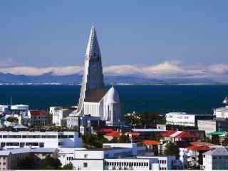 冰岛首都雷克雅未克北欧清新城市风光桌面壁纸