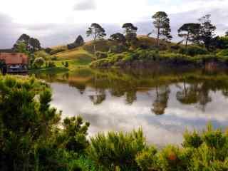 新西兰的美丽小霍比特村儿风景壁纸
