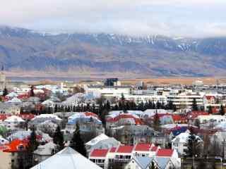 冰岛首都雷克雅未克唯美城市风光宽屏桌面壁纸