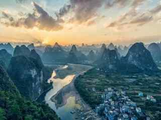 夕阳下的唯美桂林风景桌面壁纸