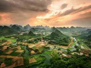 暖色调桂林山水唯美风景壁纸