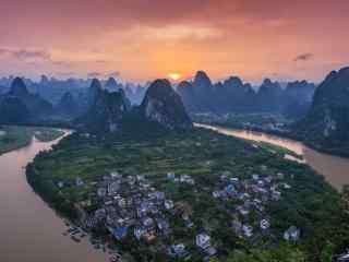暖色调唯美桂林山水风景壁纸