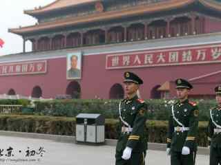 北京天安门兵哥哥们出精神抖擞桌面壁纸