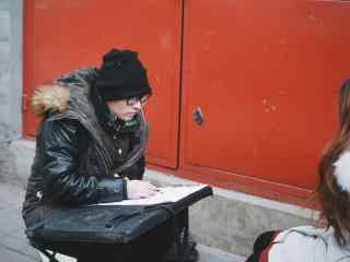 北京南锣鼓巷街边素描桌面壁纸