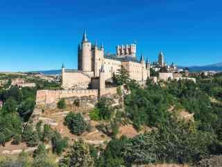西班牙马德里小镇桌面壁纸