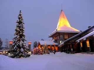 圣诞灯光雪景芬兰风景桌面壁纸