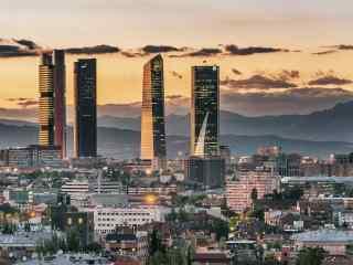 西班牙马德里高楼大厦桌面壁纸