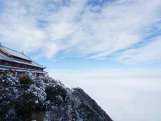 唯美峨眉山顶高清风景桌面壁纸