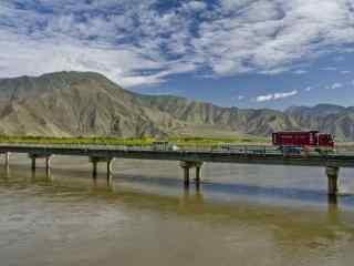 雅鲁藏布江上的大桥桌面壁纸