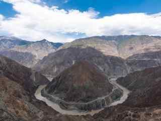 雅鲁藏布江壮丽风景桌面壁纸