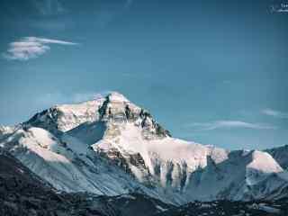 珠穆朗玛峰清新风景桌面壁纸