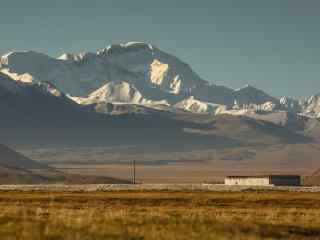 远眺珠穆朗玛峰风景壁纸图片桌面