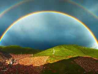 色达的美丽双彩虹桌面壁纸