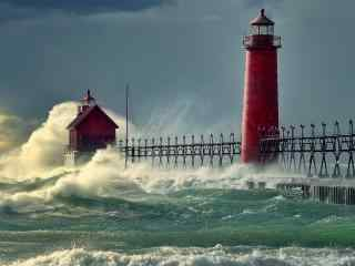 惊涛骇浪中的灯塔