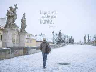 一个人的布拉格文艺雪后风景桌面壁纸