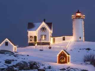 唯美的圣诞夜雪景桌面壁纸