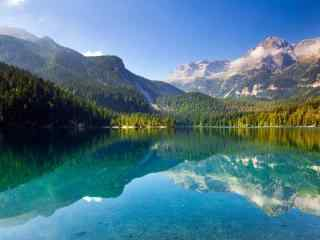 俄罗斯贝加尔湖美丽风景高清风景图片桌