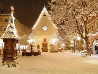 唯美的圣诞夜城市风景桌面壁纸
