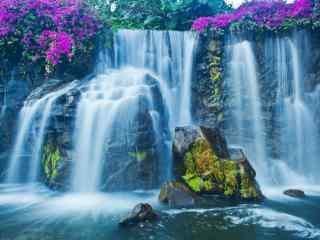 秀丽的黄果树瀑布