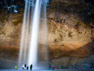 冰岛Seljalandsfoss瀑布图片桌面壁纸
