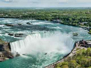 唯美大瀑布风景图片