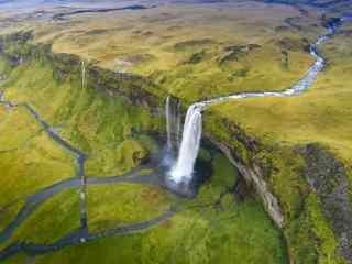 冰岛塞里雅兰瀑布