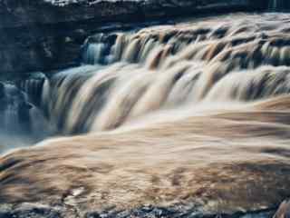 大气磅礴的壶口瀑布风景图片