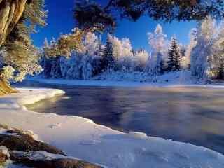 冬季河流美丽风景图片桌面壁纸