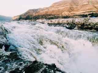 瀑布风景之壶口瀑布桌面壁纸