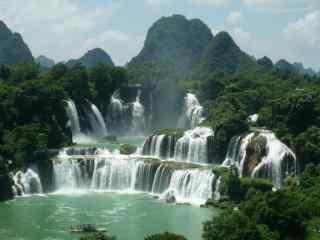 唯美的德天瀑布旅游风景图片