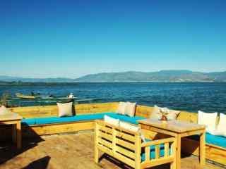 大理洱海湖边风景图片高清桌面壁纸