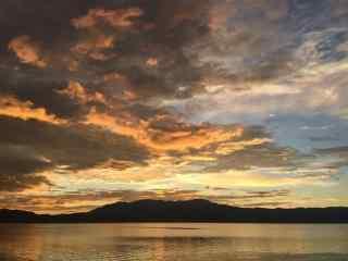 洱海唯美日出风景图片高清桌面壁纸